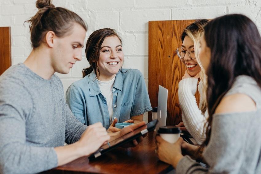 Cómo mejorar la comunicación interna con un Back Office